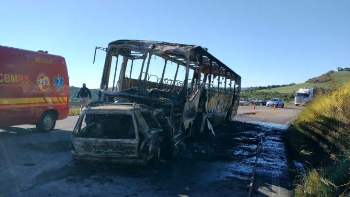 RS: Acidente envolvendo carro e ônibus deixa 4 mortos neste sábado