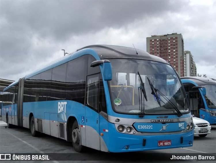 Prefeitura do Rio fiscaliza estações do BRT  e emite 112 multas