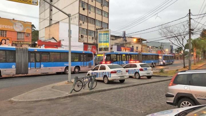 Rio: Prefeitura emite 187 multas por inconformidades durante fiscalização nas estações do BRT