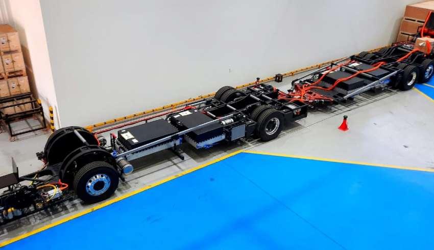 BYD fabrica o primeiro chassi de ônibus 100% elétrico articulado 8×4  do Brasil