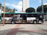 """SP: Em Sorocaba, """"Ônibus Tem Saída"""" atende moradores em situação de rua"""