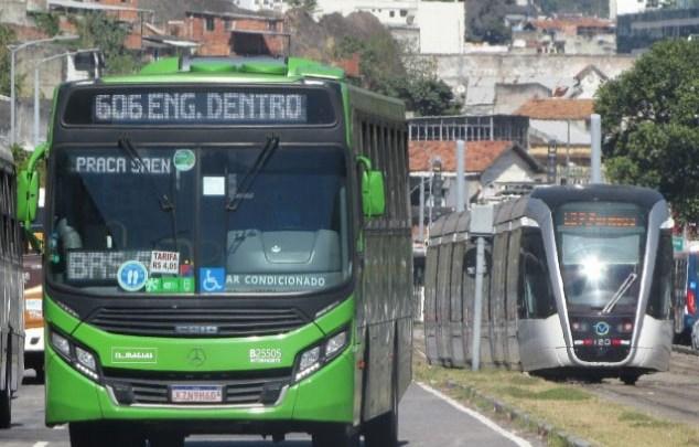 TJ do Rio suspende decreto que limitava a gratuidade dos idosos nos transportes da capital