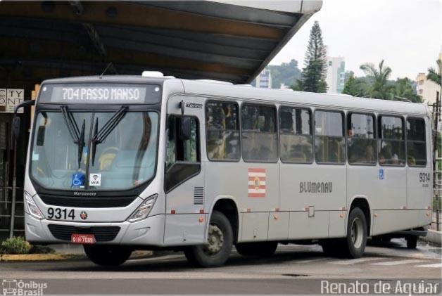 SC: Justiça proíbe a circulação de idosos em ônibus de Blumenau durante a pandemia da Covid-19