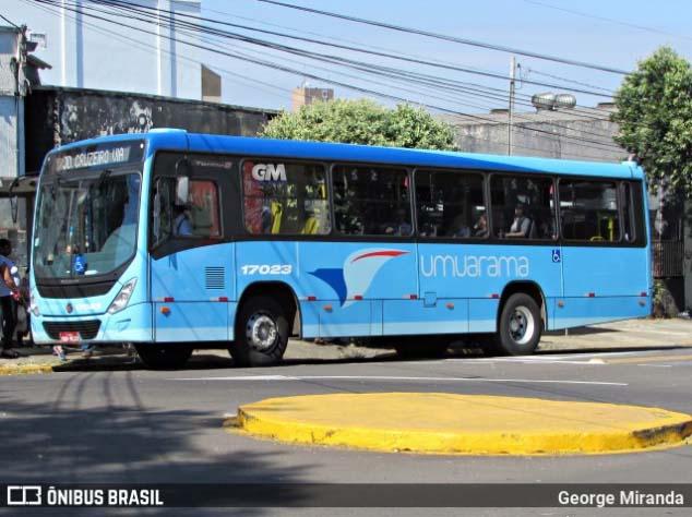 PR: Umuarama intensifica sanitização em terminais e pontos de ônibus para conter a Covid-19