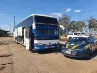 MT: PRF apreende ônibus clandestino que trafegava pela BR-163