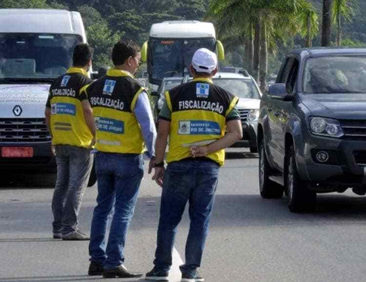 RJ: Detro realiza fiscalização e aplica 28 multas em ônibus intermunicipais. Veja a lista de empresas