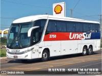 Empresa de ônibus deve indenizar passageiros por goteira em assentos durante viagem