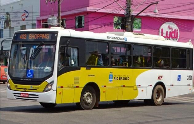 Rio Branco: Bandidos realizam arrastão em ônibus da Auto Viação Floresta