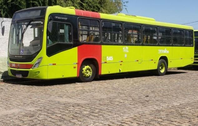 Prefeitura de Teresina notifica 27 ônibus por excesso de passageiros