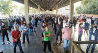 SC: Rodoviários de Blumenau realizaram assembleia neste sábado contra demissões - Vídeo