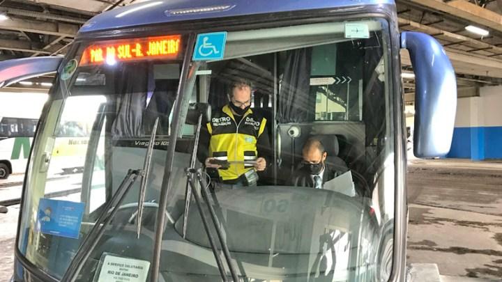 RJ: Detro realiza fiscalização em 16 terminais e aplica 65 multas em ônibus intermunicipais