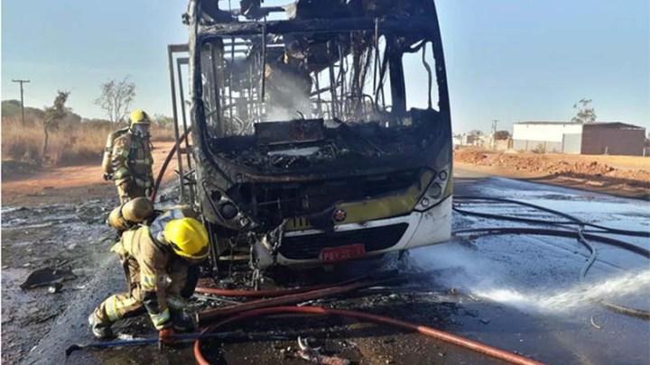 DF: Após uma semana suspensos ônibus, voltam a circular na via Estrutural