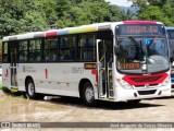 Rio: Assalto a ônibus na Avenida Brasil deixa enfermeiro baleado