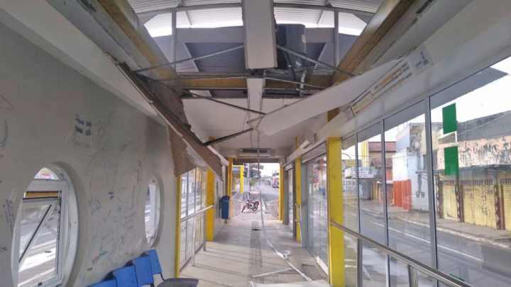 Estações de ônibus de Teresina são alvo de furto e vandalismo