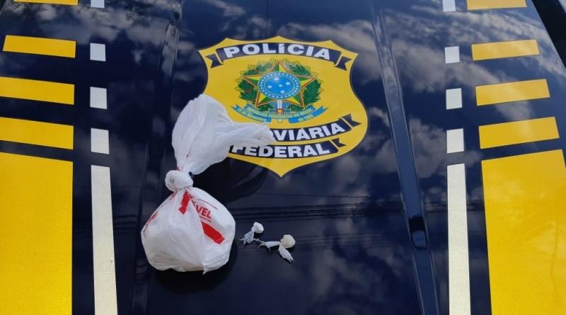 Vídeo: PRF e Polícia Civil apreendem entorpecentes na BR-343 em Campo Maior/PI