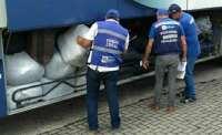 RJ: Polícia apreende ônibus com quase 24 toneladas de mercadoria contrabandeadas