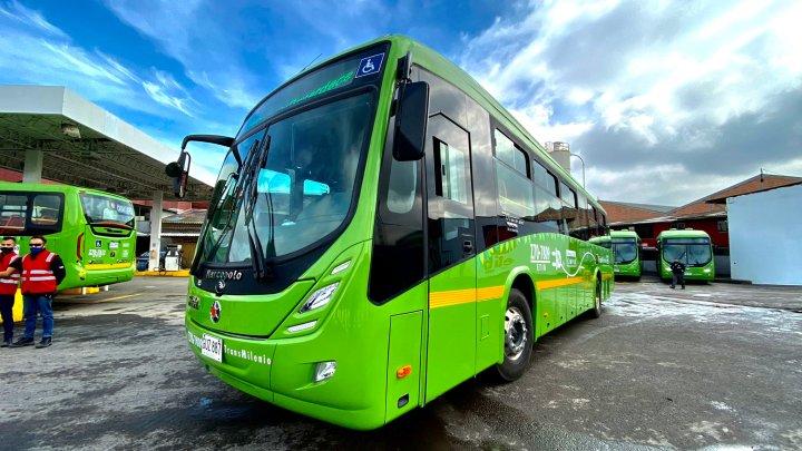 Bogotá: Novos ônibus elétricos são apresentados no Sistema TransMilenio – Vídeo