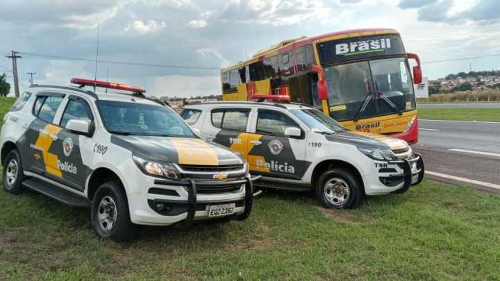 SP: Polícia Rodoviária apreende entorpecentes com passageira de ônibus na Rodovia Anhanguera