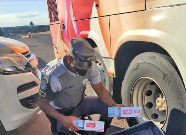 SP: Polícia Militar Rodoviária apreende  mais de mil maços de cigarros contrabandeados