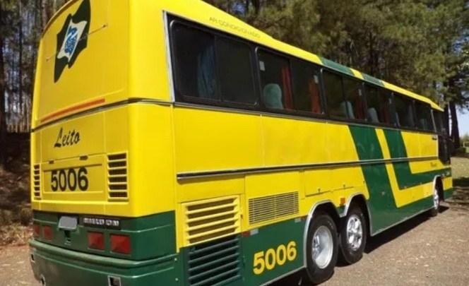 Ônibus antigos são vendidos pela internet a partir de R$ 25 mil