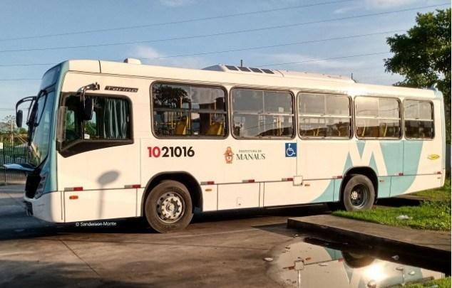 Rodoviários de Manaus paralisam 30% da frota de ônibus no segundo dia de greve