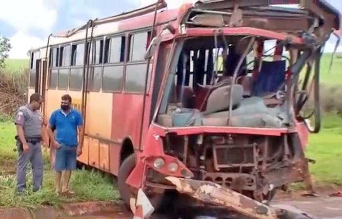 SP: Acidente entre ônibus e caminhão tangue deixa cinco feridos em Ipuã