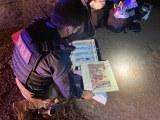 Vídeo: PRF apreende vinhos,  perfumes e eletrônicos durante fiscalização de ônibus em Pato Branco/PR