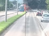 Rio: Ônibus do BRT Rio pega fogo nesta tarde na Avenida Dom João IV na Zona Oeste