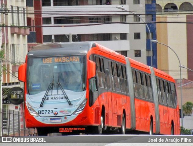 Curitiba: Mulher acaba atropelada por ônibus biarticulado ao cruzar avenida no Água Verde