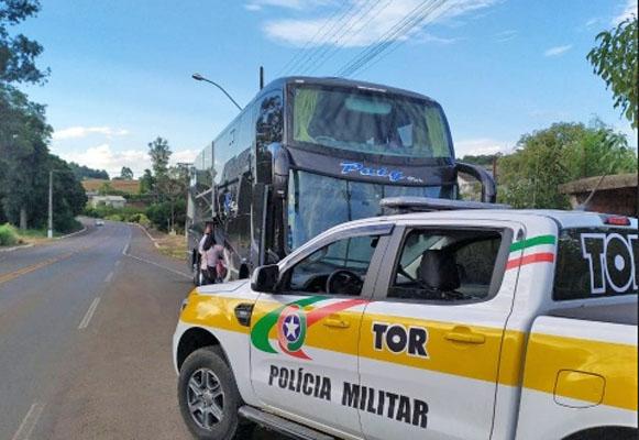 SC: Polícia Rodoviária apreende contrabando com passageiros de ônibus em Bom Jesus