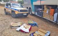 MG: PM apreende passageiros de ônibus com entorpecentes em Monte Azul