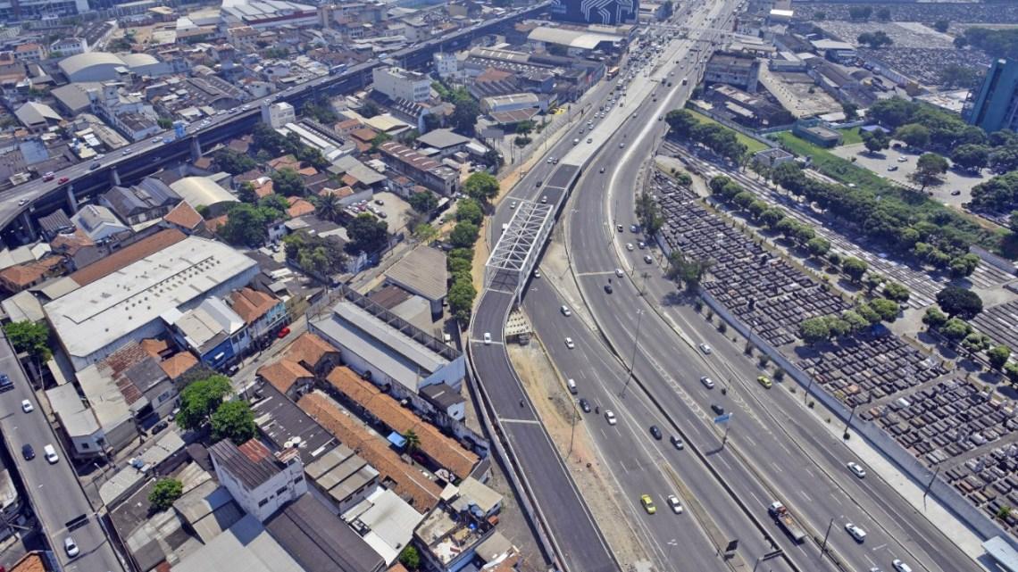 Rio anuncia interdição parcial na Avenida Brasil devido as obras do corredor Transbrasil em São Cristóvão