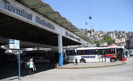 Rio: Tiroteio no Morro da Providência suspende circulação de ônibus e do VLT