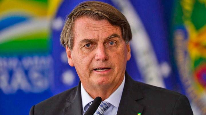Presidente Bolsonaro critica novamente restrições impostas por governadores