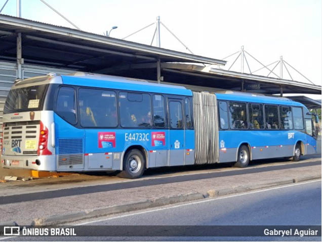 Vídeo: Ônibus do BRT tem princípio de incêndio na Zona Norte do Rio