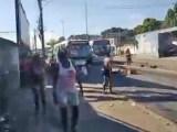 Vídeo: Tiroteio em Vigário Geral deixa uma mulher morta e causa interdições no transporte