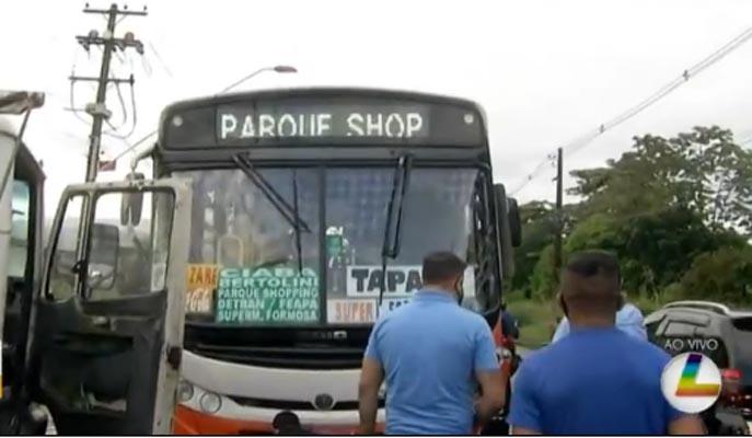 Belém: Acidente entre moto e ônibus deixa um morto na  Avenida Arthur Bernardes
