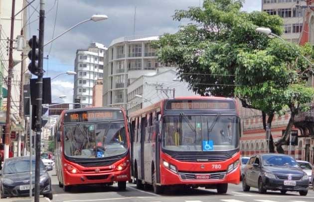 MG: Justiça determina que Juiz de Fora retome a circulação de ônibus sem restrição de horários