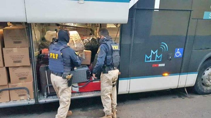 RS: PRF prende ex-presidiário com entorpecente em ônibus durante fiscalização em Rosário do Sul