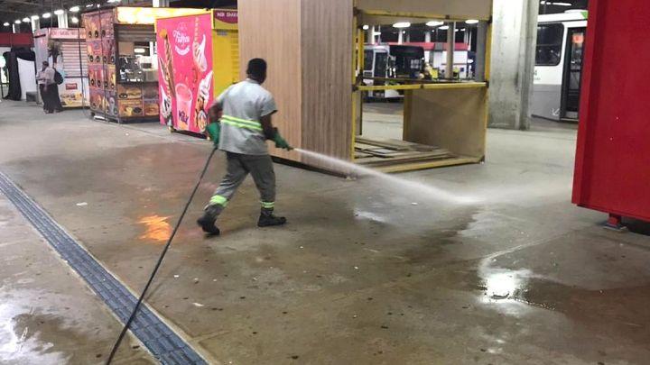 SP: Higienização dos terminais de ônibus de Guarulhos é feita todos os dias