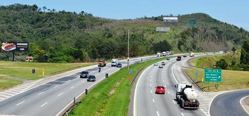 SP: Acidente deixa Rodovia Castelo Branco com lentidão em São Roque