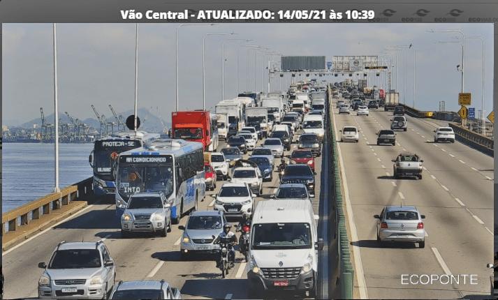 Ponte Rio x Niterói registra movimento intenso nesta manhã