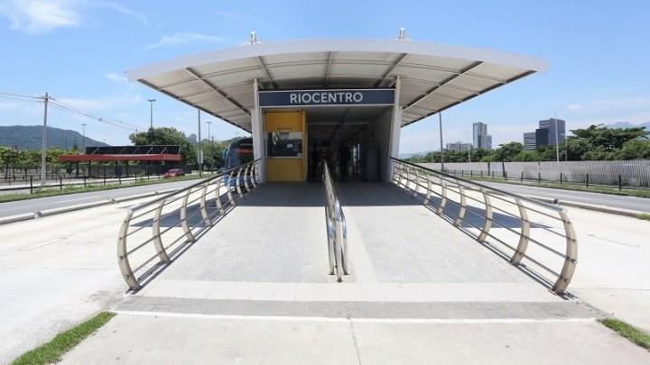 BRT Rio reabre estação RioCentro após furto de cabos e vandalismo
