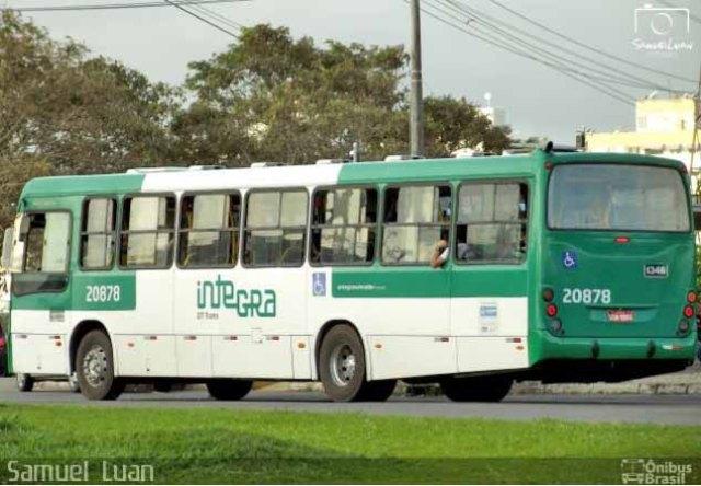 Ônibus invade casa no bairro de Canabrava em Salvador - revistadoonibus