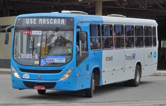 ES: PM apreende menor de 12 anos assaltando ônibus do Transcol em Cariacica