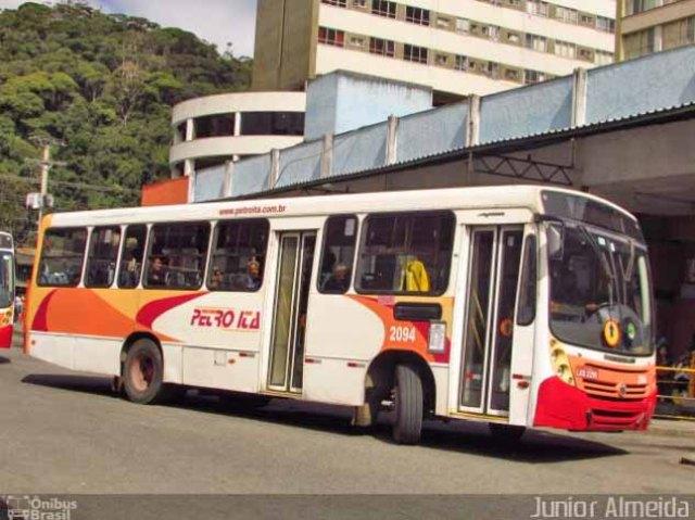 Adicionar título RJ: Passageira de ônibus é atingida de raspão por tiro em terminal no Centro de Petrópolis - revistadoonibus