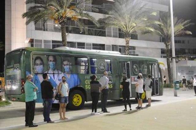 João Pessoa utiliza ônibus para testar a população contra a Covid-19 - revistadoonibus