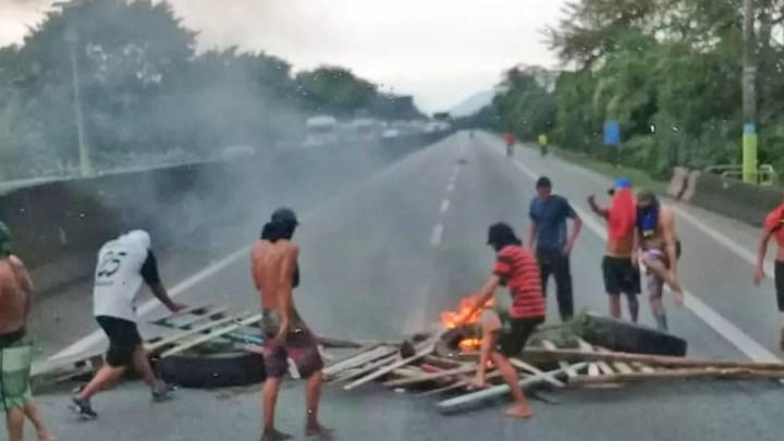 SP: Protesto de moradores de Cubatão fechou parte da Rodovia Anchieta