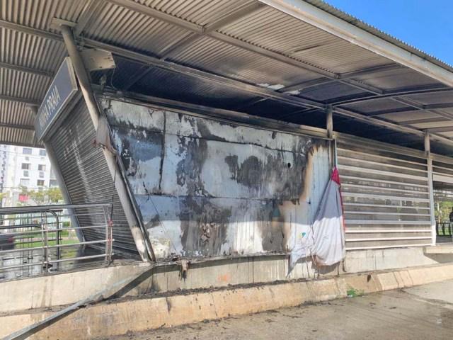 Rio: Incêndio atinge estação BRT Minha Praia neste sábado - revistadoonibus