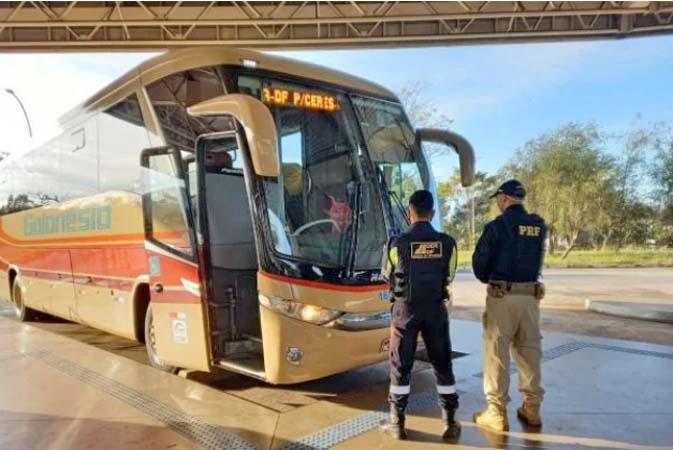 Brasília: Motorista da Auto Viação Goianésia é impedido de viajar sob efeito de álcool